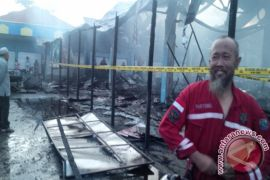 Bupati Kotabaru Bersihkan Pasar Eks Kebakaran