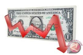 Dolar AS Jatuh Setelah Menguat Tajam