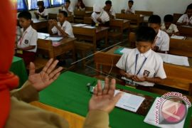 Peserta Ujian Sekolah Tingkat Sd 4.536 Siswa