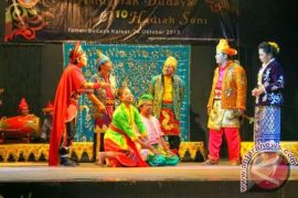 Enam Sanggar Seni Gelar Musik Etnik Kalaborasi