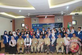 32 Mahasiswa Politeknik KKN di HST