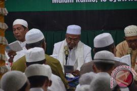 Ribuan Warga Hadiri Haul KH Abdullah Jamal