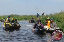 Masyarakat Minta Polisi Razia Penyetruman Ikan