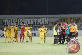 Persija Gantikan Persebaya Di SSC Madura United
