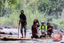 Wisata Lanting Bambu