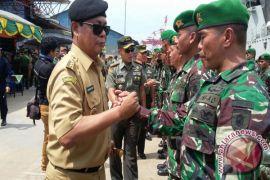 Gubernur Lepas Pasukan Satgas Pamtas RI-Malaysia