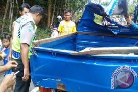 Rem Blong Mobil Pengangkut Semangka Laka Tunggal