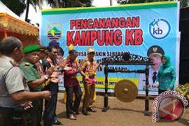 Bupati Resmikan Mayang Sari Jadi Kampung KB