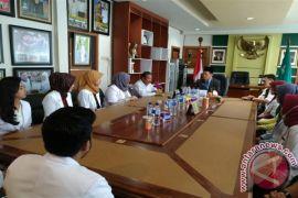 12 Dokter Intrwnship Bertugas Di Tapin