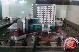 Berlarutnya Pembangunan RS Sultan Suriansyah