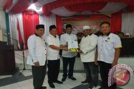 DPP PKS Serahkan Surat Dukungan Pasangan Arifin - Syafruddin