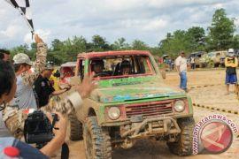 138 Offroader Kalimantan Jelajah Hutan Tapin