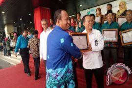 MTsN 3 HST Raih Penghargaan Adiwiyata Nasional
