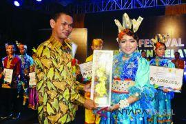 Juara Umum Festival Tari Serumpun Melayu Pesisir III