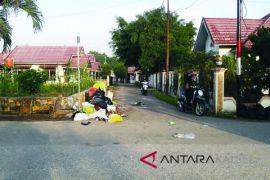 Sampah Tak Terangkut