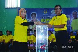 Piala Bergilir Turnamen Tenis Meja