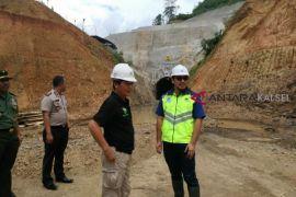 Pembangunan Bendungan Tapin Capai 45 Persen