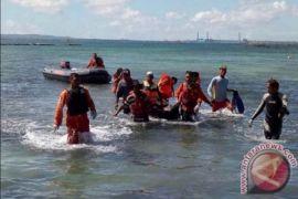 Tim Gabungan Selamatkan Korban Tugboat Tenggelam