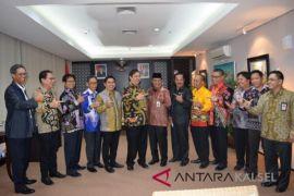 Gubernur Meminta Dukungan Menteri Perindustrian Bangun Poltek