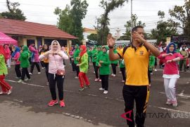 Jalin Sinergitas, TNI-Polri HST Gelar Olahraga Bersama