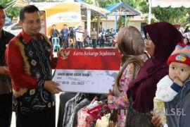 400 KPM Di Angkinang Terima Dana PKH