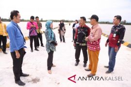 Bappenas Review National Strategic Project in Tanah Laut