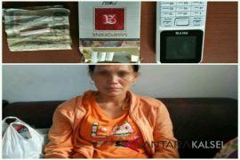 Tabalong Police Secures a Womn Hiding Sabu-Sabu