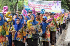 Parade Banjarmasin Sasirangan Festival