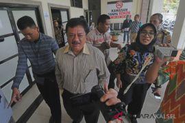 Hakim Vonis 4 Tahun Penjara Penerima Suap Raperda PDAM