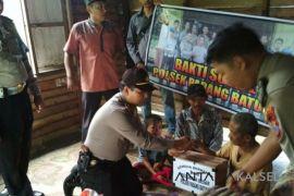 Polsek Padang Batung bantu warga kurang mampu