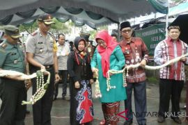 Pj Bupati Resmi Buka Pasar Ramadhan