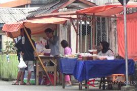 Bupati imbau pedagang tak jualan di tepi jalan