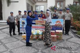 Satpolairud Polres Tanbu sambangi Istana Yatim Darul Azhar