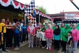 Dukung sinergitas TNI-Polri, Sekda HST ikut olahraga bersama