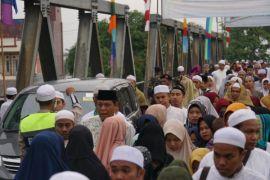 Ribuan jamaah hadiri haul Datu Kelampayan