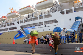 Kapal terakhir angkutan lebaran penuh penumpang