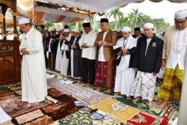 Gubernur : Semoga kita kembali bertemu Ramadhan