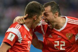 Rusia berpesta setelah kemenangan lawan Mesir
