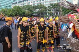Kontingen HSS tarik perhatian pengunjung pawai budaya CFD