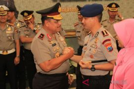 402 personel Polda Kalsel naik pangkat