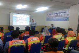 Workshop hubungan industrial