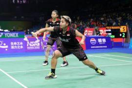 Greysia/Apriani menang mudah atas ganda Hong Kong