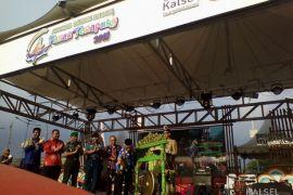 Sekdaprov : Meriahkan festival Pasar Terapung