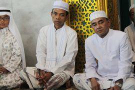 Ribuan jemaah HST ikuti Tausyiah ustadz Somad