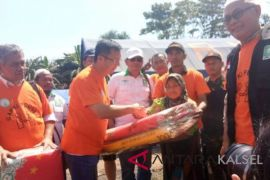 Peduli korban gempa Lombok GAPKI serahkan bantuan kemanusiaan