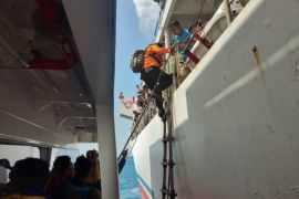 Video - Seluruh penumpang berhasil dievakuasi