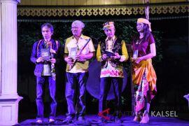 Buku puisi Mantra Malam diinspirasi wisata Loksado