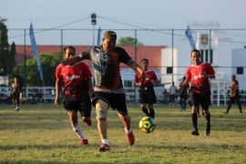 Gubernur galakkan cinta sepak bola hingga kelurahan