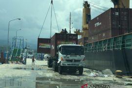 5 kontainer bantuan Polda Kalsel tiba di Palu