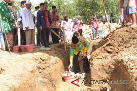 Bupati HSS letakkan batu pertama pembangunan Mesjid Al Ettihad Loksado
